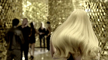 Revlon Luxurious Colorsilk Buttercream TV Spot Featuring Olivia Wilde - Thumbnail 4