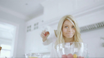 Colgate Total Adavanced TV Spot, 'You Can Do It' Featuring Kelly Ripa - Thumbnail 3