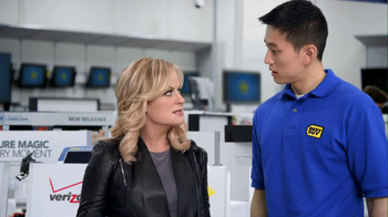 Best Buy 2013 Super Bowl TV Spot, 'Asking Amy' Featuring Amy Poehler - Thumbnail 3