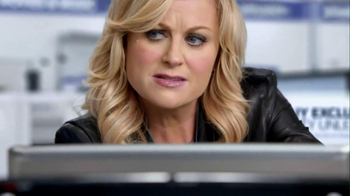 Best Buy 2013 Super Bowl TV Spot, 'Asking Amy' Featuring Amy Poehler - Thumbnail 4