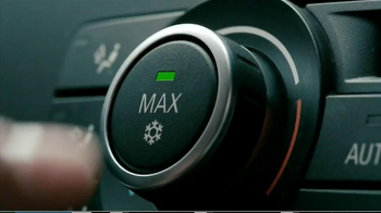 2013 Cadillac XTS TV Spot, 'Buttons'