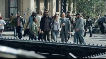 E*TRADE TV Spot, 'Opportunity is Everywhere: Beard' Featuring Kevin Spacey - Thumbnail 4
