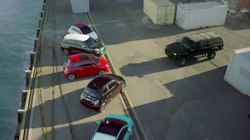 2014 FIAT 500L TV Spot, \'Big Italian Family\'