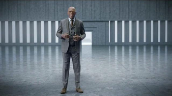 Capital One Quicksilver TV Spot, 'Shifting Stairs' Feat. Samuel L. Jackson - Thumbnail 9