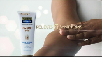 Gold Bond Eczema Relief TV Spot, 'Scratching' - Thumbnail 10
