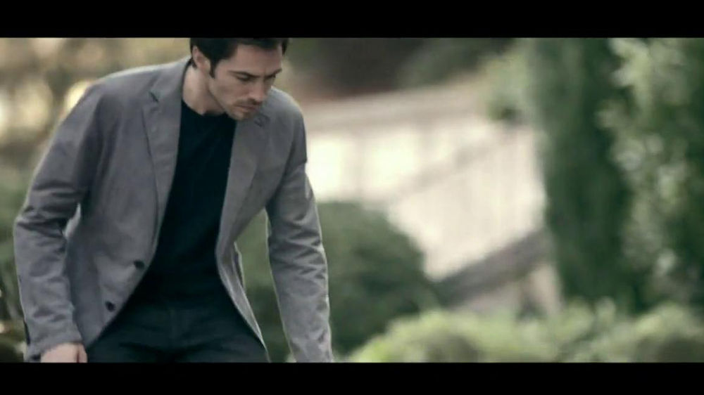 Subaru Forester Commercial Song >> Range Rover Evoque TV Commercial, 'Scarf' Song by Jun ...