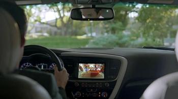 2014 Kia Optima TV Spot, 'Backing In' - Thumbnail 6