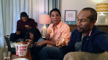 KFC Favorites Bucket TV Spot, 'Family Time' - Thumbnail 3