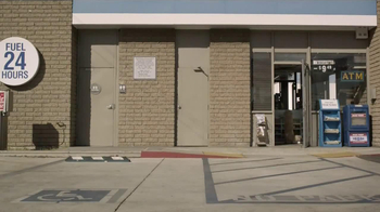 Subaru TV Spot, 'Dog Tested: Gas Station' - Thumbnail 4