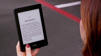 Amazon Kindle Paperwhite TV Spot, 'Parenthood' Featuring Mae Whitman - Thumbnail 2