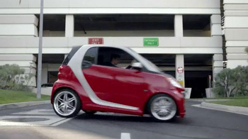 2014 Smart Cars TV Spot, 'Parking Garage' - Thumbnail 5