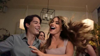 Head & Shoulders TV, 'Family Saying' Featuring Sofia Vergara - Thumbnail 3
