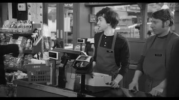 American Express EveryDay Card TV Spot, 'Everyday Moments' Feat. Tina Fey - Thumbnail 8