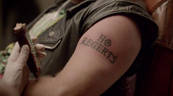 Milky Way TV Spot, 'Sorry About Your Tattoo' - Thumbnail 6