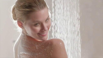 Dial Omega Moisture Body Wash TV Spot, 'Sea Berries' - Thumbnail 3