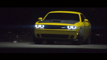 Pennzoil Platinum TV Spot, 'Airlift Drift'