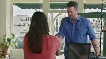Gildan TV Spot, 'X-Large Pair' Featuring Blake Shelton