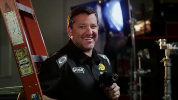 GoDaddy TV Spot, 'Air Wrench: Tony Stewart Pranks Danica Patrick' - Thumbnail 6
