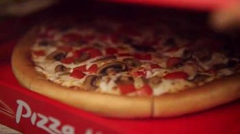 Pizza Hut TV Spot, '$7.99 Online Deal' - Thumbnail 1