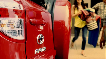 Toyota RAV4 TV Spot, 'Dog's Great Day' Featuring LL Cool J - Thumbnail 5