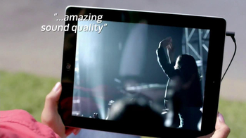 Bose QuietComfort 15 TV Spot, 'Band' - Thumbnail 9
