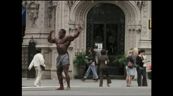 GEICO TV Spot, 'Bodybuilder Directing Traffic' - Thumbnail 2