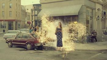 Axe TV Spot, 'Susan Glenn' Featuring Kiefer Sutherland - Thumbnail 5