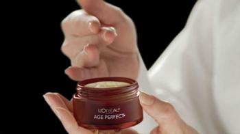 L'Oreal Age Perfect Hydra-Nutrition Golden Balm TV Spot Feat. Diane Keaton - Thumbnail 5