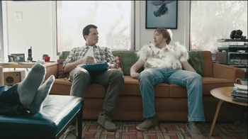 Hanes Comfort Blend T-Shirt TV Spot, 'Kitten Shirt' Feat. Michael Jordan - Thumbnail 7