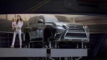 Lexus Golden Opportunity TV Spot, 'Our Gold Standard of Safety' - Thumbnail 8