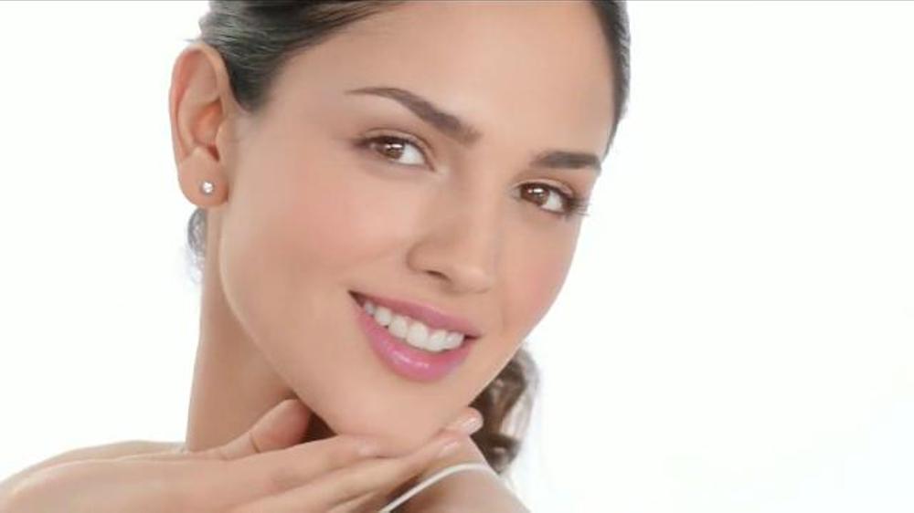 Neutrogena Healthy Skin TV Commercial, 'Bueno para la Piel'