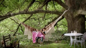 Snuggle Fresh Spring Flowers TV Spot, 'Family Snuggle' - 4879 commercial airings