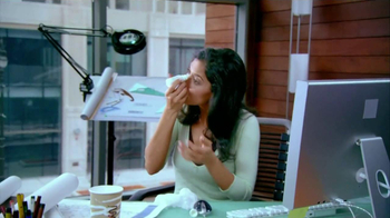 ACUVUE Oasys Contacts TV Spot, 'Office Dry Eyes'