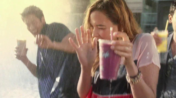 McDonald's Blueberry Pomegranate Smoothie TV Spot, 'Fountain' - Thumbnail 9