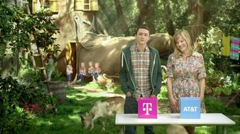 T-Mobile TV Spot, 'Live in a Shoe' - Thumbnail 6