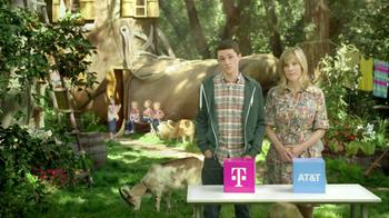 T-Mobile TV Spot, 'Live in a Shoe' - Thumbnail 8