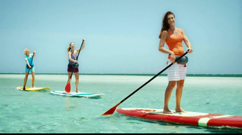 One A Day Women's Pro Edge TV Spot, 'Beach'