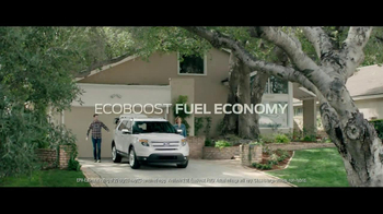 2013 Ford Explorer TV Spot, 'Wet or Wild' - Thumbnail 7