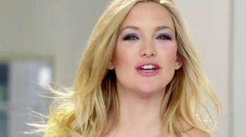 Almay Intense i-Color Eye Color TV Spot Featuring Kate Hudson - Thumbnail 7