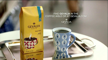 Gevalia House Blend TV Spot, 'Toot Toot, Grocery Aisle' - Thumbnail 9