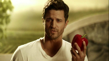 Kraft Zesty Italian Anything Dressing TV Spot, 'Burning Shirt' - Thumbnail 4