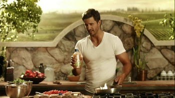 Kraft Zesty Italian Anything Dressing TV Spot, 'Burning Shirt' - Thumbnail 6