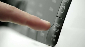 Chevrolet Sonic with Siri TV Spot, 'Buttons' - Thumbnail 3