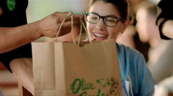 Olive Garden TV Spot, 'Buy One, Take One' - Thumbnail 10