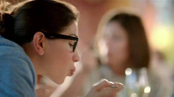 Olive Garden TV Spot, 'Buy One, Take One' - Thumbnail 8
