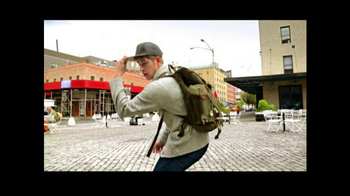 American Eagle Outfitters TV Spot, 'Rock Your Walk' Song by Bruno Mars - Thumbnail 6