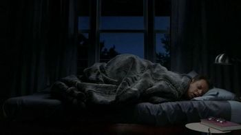 Vicks ZzzQuil TV Spot, 'Sleep Like the Kids are Away' - Thumbnail 2