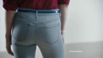 Old Navy Jeans TV Spot, 'Art is Dead. Jeans are Alive.' Feat. Amy Poehler - Thumbnail 3