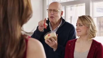 Sabra TV Spot, 'Dresses' Featuring Jeffrey Tambor - Thumbnail 8