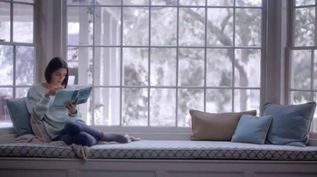 Barnes & Noble TV Spot, 'A Book is a Gift Like No Other'